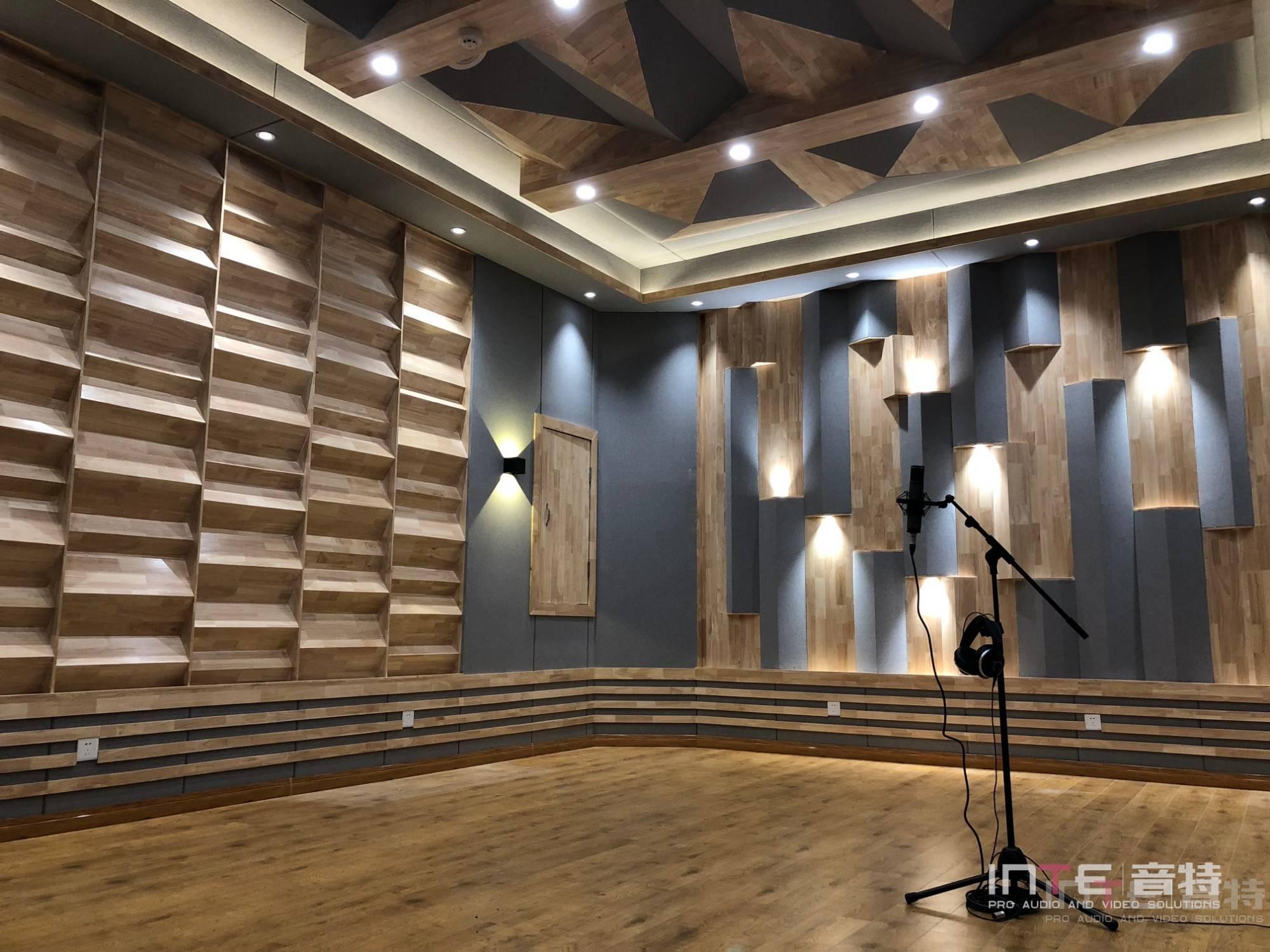 音乐录音棚-成都理工大学