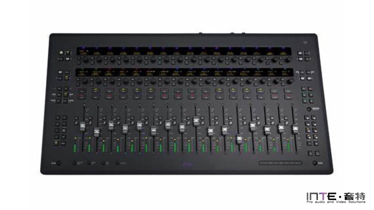数字控制台 AVID S3